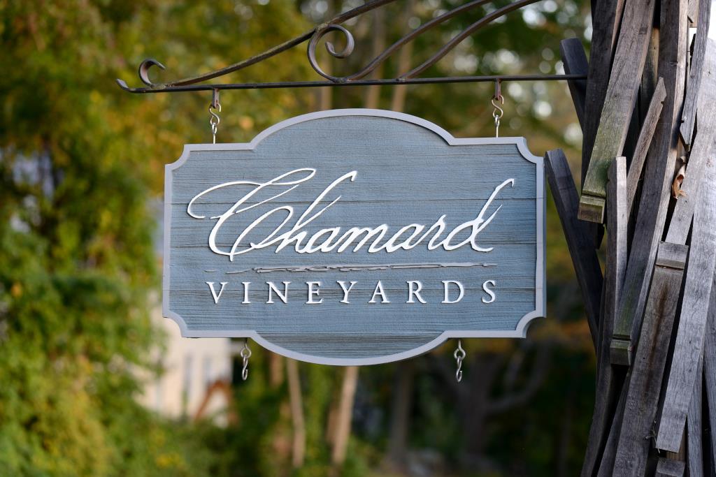 Chamard Vineyards Sign